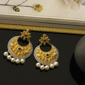 Pearl, Gold Polished & Green Stone Earring