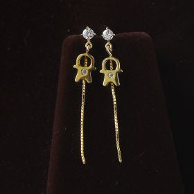 Silver Hangging Earring With American Diamond
