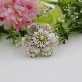 Flower Shaped Pearl Ring